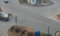 Otomobilin çarptığı genç kız havaya uçtu
