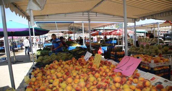 Siirt'te satıcılar semt pazarına yerleşmeye başladı