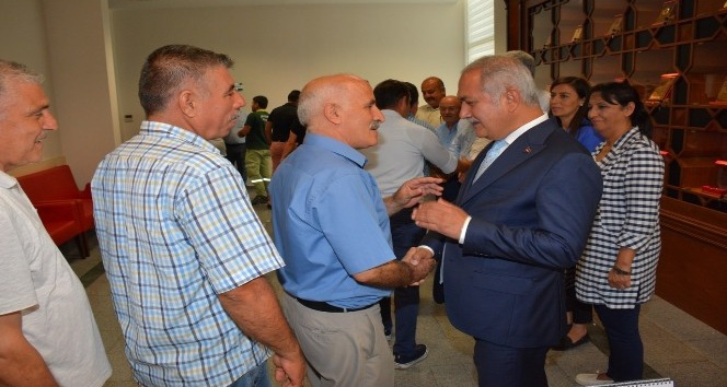 Başkan Kara, belediye personelleri ile bayramlaştı