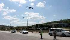 Bayram trafiğinde dronelar ceza yağdırıyor