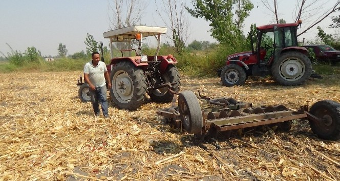 Çukurovalı çiftçi: