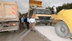Vali Varoldan asfalt çalışmalarına takip
