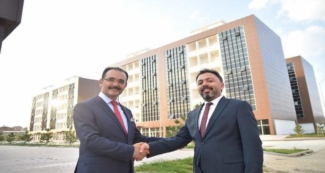 Uşak'ın yeni merkezi yatırımcılardan tam not aldı