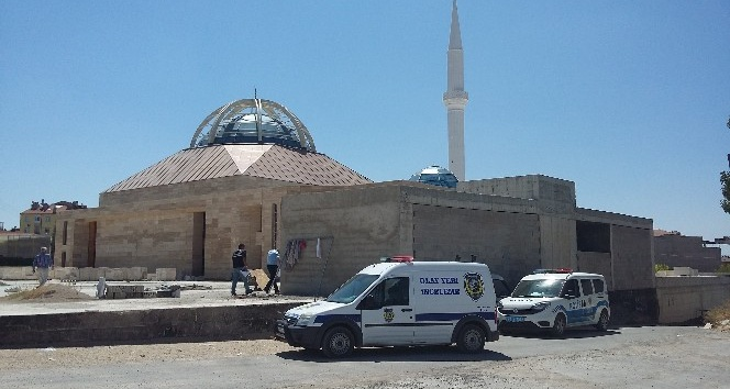 Cami inşaatında iş kazası: 1 yaralı