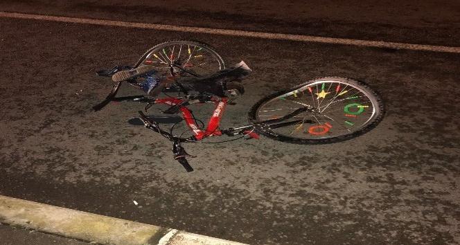 Otomobil bisiklete çarptı: 1 ölü, 1 yaralı