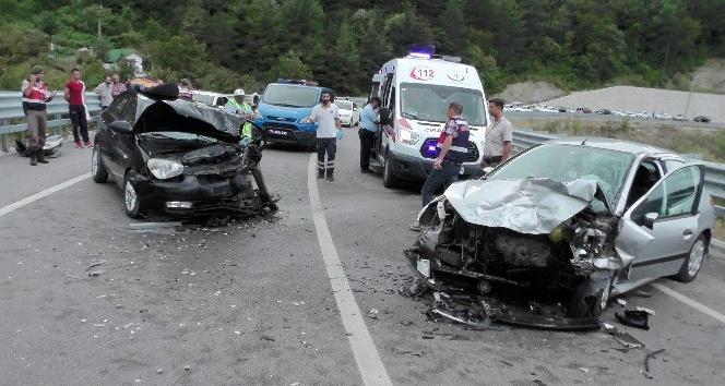Amasra'da trafik kazası: 6 yaralı