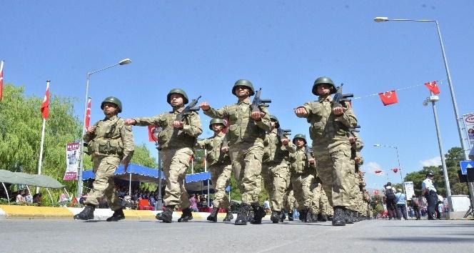 Erzincan da zafer bayramı coşkusu