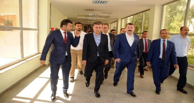 Sağlık Bakanlığı Müsteşarı Cizre'de