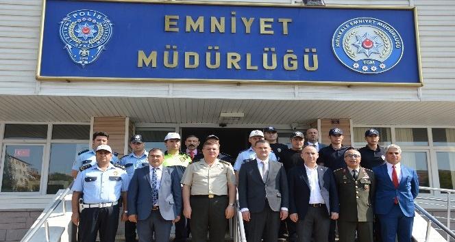 """Vali Haktankaçmaz: """"Arakan'da insanlık suçu işleniyor"""""""