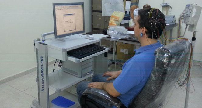 Beyin dalgalarıyla hareket edebilen robotik donanım