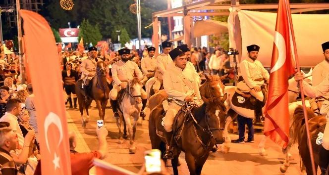 Büyük Taarruz'un atlı süvarileri Uşak'a geldi