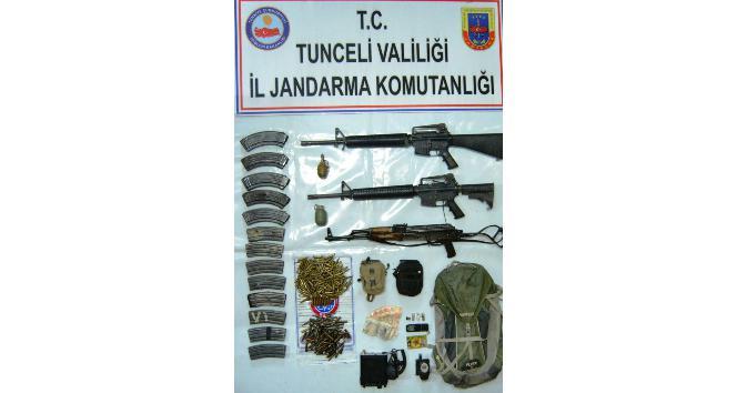 Teröristlerin etkisiz hale getirildiği bölgede silah ve mühimmat ele geçirildi