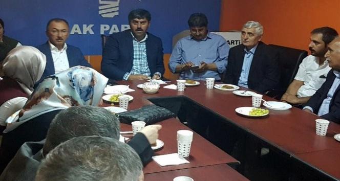 AK Parti Ardahan İl  Teşkilatı, bayramlaşma töreninde bir araya geldi