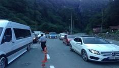 Turizm merkezi Ayder Yayla yolu çözüm bekliyor