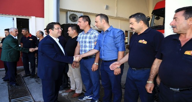 Başkan Yazgı, belediye personeliyle bayramlaştı