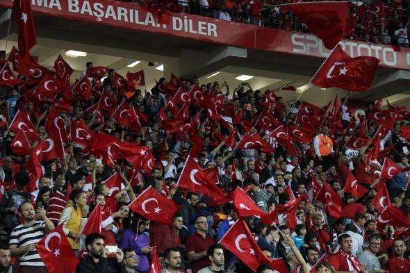 Türkiye Hırvatistan maçı özel kareler