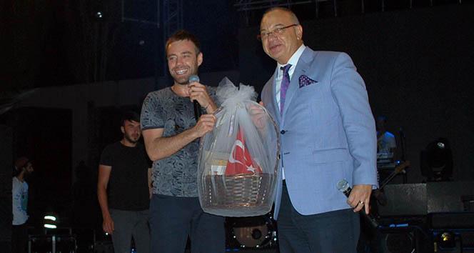 Salihli kurtuluş gününü Murat Dalkılıç ile kutladı