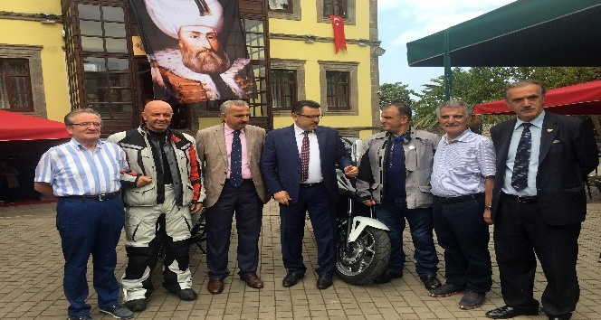 Kanuni'nin izinde 2 bin 800 kilometrelik motosiklet turu