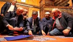 Vali Bektaştan 300 yıllık camiyi ziyaret