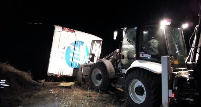 Yozgat'ta yolcu otobüsü devrildi: 3 ölü