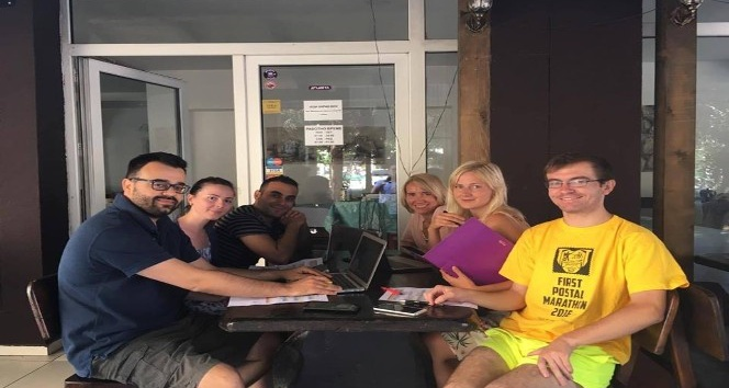 Grup liderleri inisiyatif projesi öncesi toplandı
