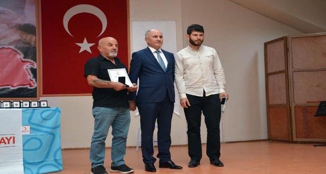 Kızılay, Karaman'da en fazla kan bağışında bulunanları madalyayla ödüllendirdi