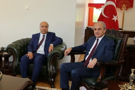 Ömer Halisdemir Üniversitesi'nde Rektör devir teslim töreni gerçekleştirildi