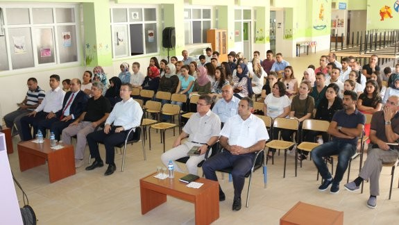 Tuzluca 'da yenilenen müfredat tanıtım semineri gerçekleşti
