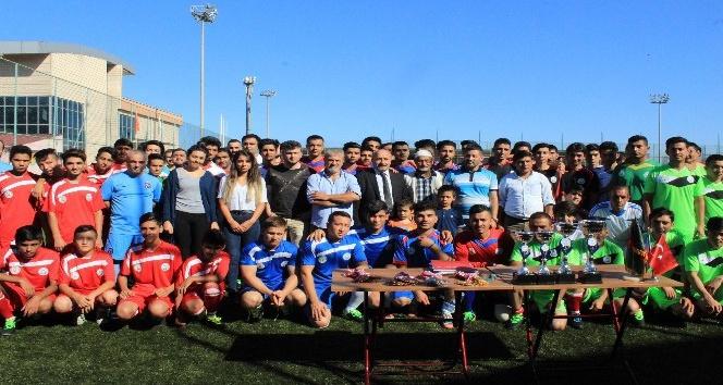 Trabzon'da yaşayan göçmenler için futbol turnuvası düzenlendi