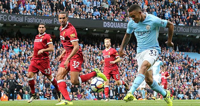 Manchester City, Liverpoola gol oldu yağdı