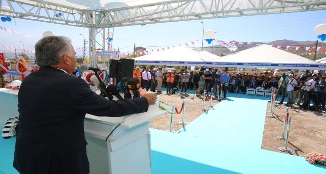 Kazım Karabekir'de 392 konutun temeli atıldı