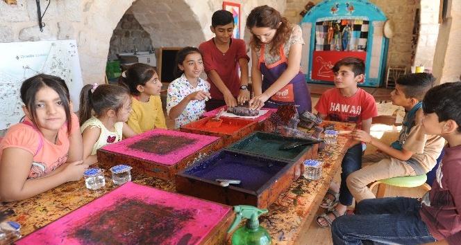 Mülteci çocuklar Mardin Müzesi etkinliklerine katıldı