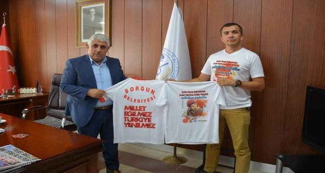 15 Temmuz'u anlatmak bisikletiyle Türkiye'yi geziyor