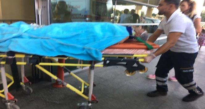 Minibüsün lastiği patladı: 12 yaralı