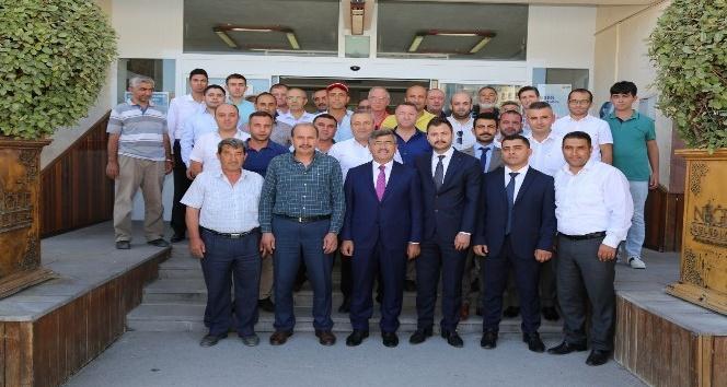Niğde Belediye Başkanı Faruk Akdoğan Hac'dan döndü