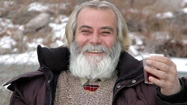 Tarık Akan, Karşıyaka'da ölümsüzleşiyor