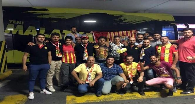 Evkur Yeni Malatyaspor'a İstanbul'da coşkulu karşılama