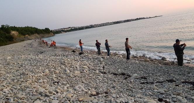 Amatör balıkçılar yarıştı