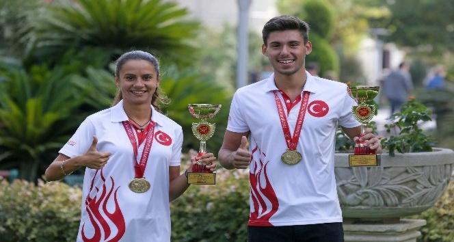 Yaşarlı sporcular şampiyonluklara abone
