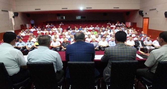 Develi'de güvenli eğitim ve uyuşturucu ile mücadele toplantısı yapıldı