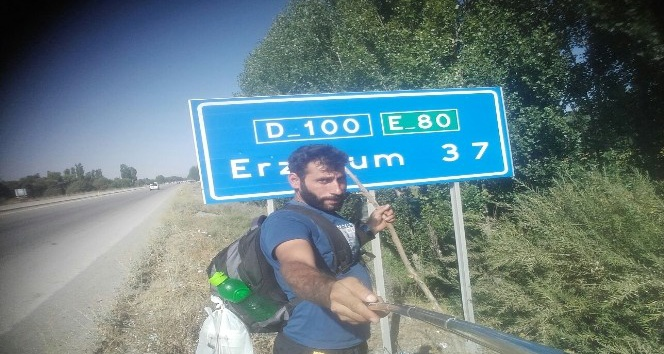 Survivor'a katılmak için Iğdır'dan İstanbul'a bin 500 kilometre yürüyecek