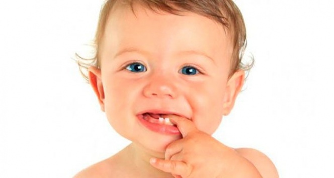 Bebeklerde diş çıkarma belirtileri nelerdir? Doktorlar anlatıyor