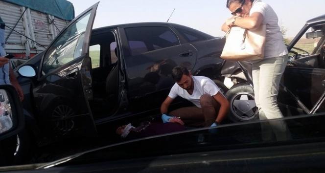 Eskişehir-Ankara yolunda 13 araç birbirine girdi: 34 yaralı