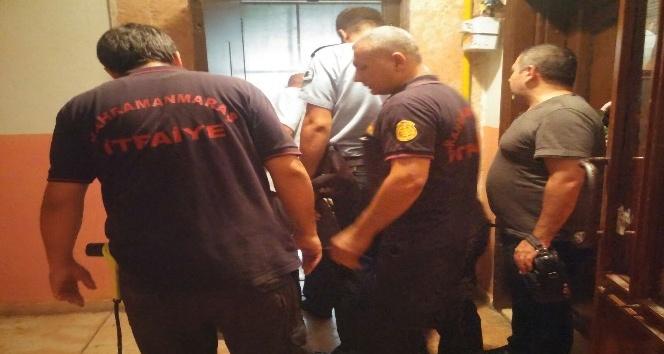Asansör boşluğuna düşen yaşlı adam öldü