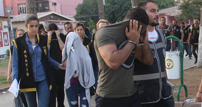 Eskort sitesi operasyonunda İzdivaç programına katılan gençte gözaltına alındı