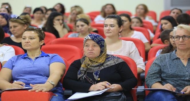 Gaziemir Belediyesi 'Üretici Kadın Kooperatifi' kuruyor