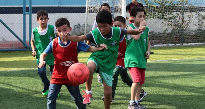 Türk futboluna mülteci dopingi
