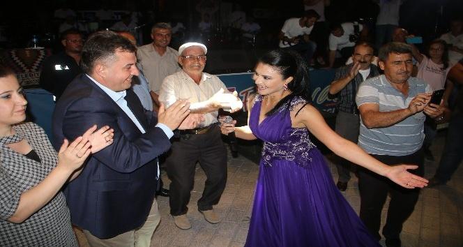 Kınık Hasat Festivali'nde Ankaralı Ayşe coşkusu