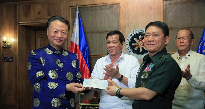 Çinden Marawiye 65 milyon Filipin Pezosu