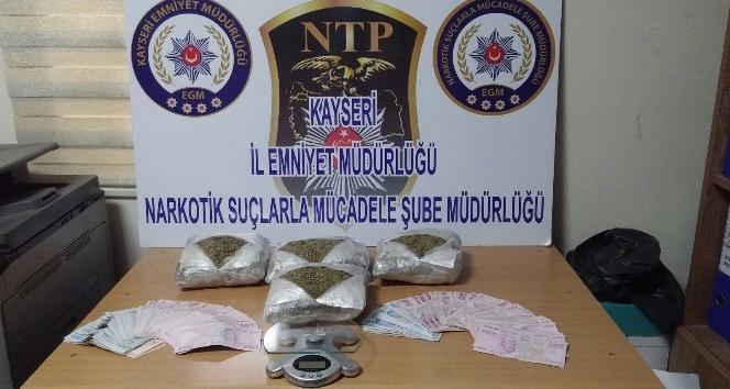 Uyuşturucu Operasyonunda 2 Kilo Bonzai Ele Geçirildi